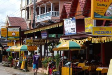 Vang Vieng City – Full day – Tubing